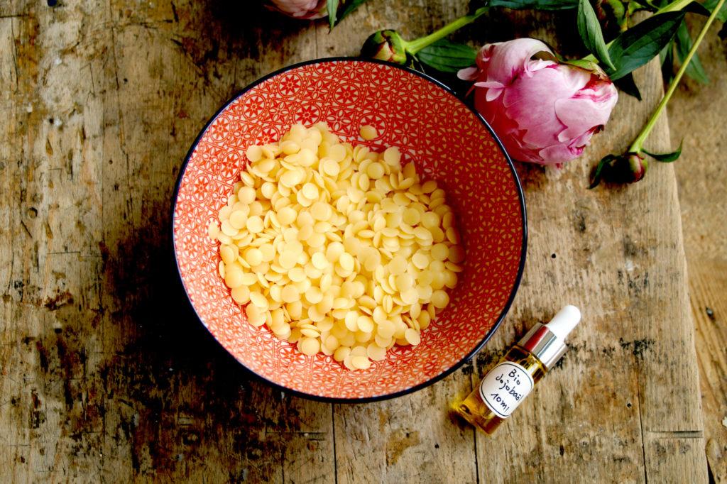 Bio Bienenwachs und Bio Jojobaöl - Grundmaterial für dein Bio Bienenwachstuch